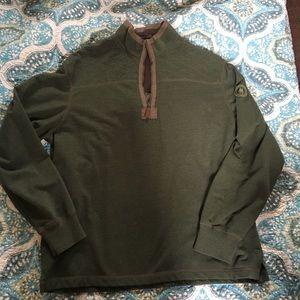 GH Bass & Company Hunter Green Sweater